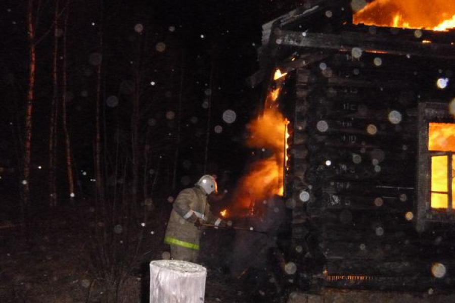 В Тверской области сгорели жилой дом и дача