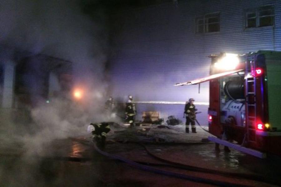 Пожар в торговом центре в Твери: госпитализирован один пострадавший
