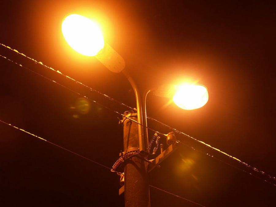 Администрацию Торжка заставят освещать улицы города
