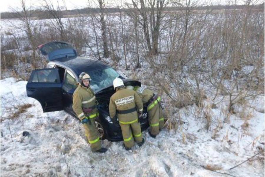 Mazda и «Буханка» столкнулись в Калязинском районе, есть пострадавшие