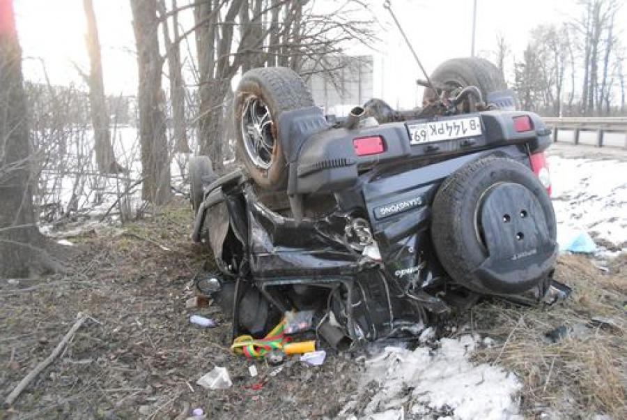 Трагические выходные: пять человек погибли в ДТП на тверских дорогах за три дня