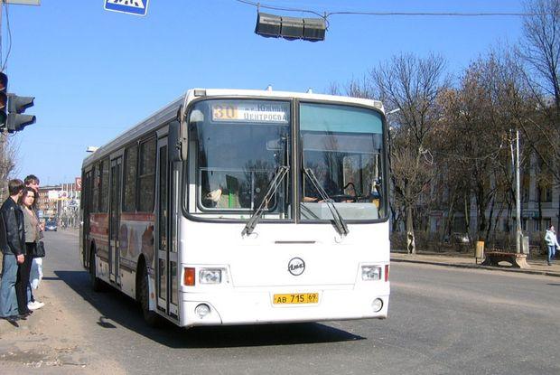 20-03-автобус