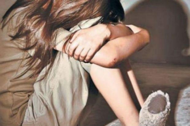 В Тверской области 18-летний юноша подозревается в развращении малолетней.