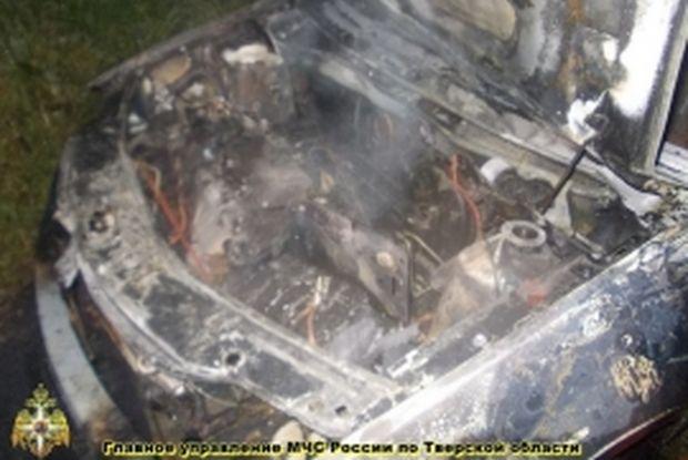 24-05-пожар-машина