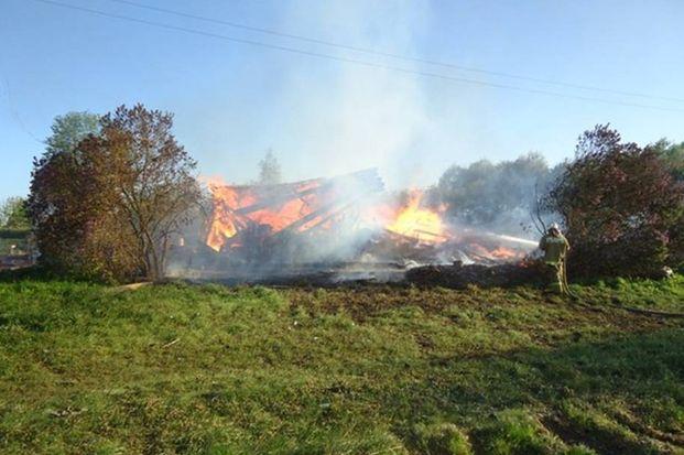 Пожар в Бежецком районе_2505