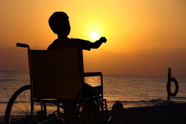 Ребенок-инвалид_море