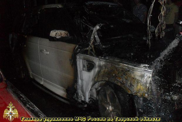 24-07-пожар-авто