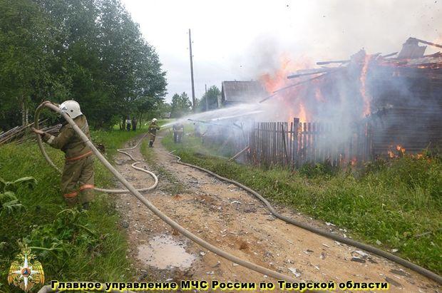 04-08-пожар-тверь