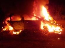 13-08-пожар-авто