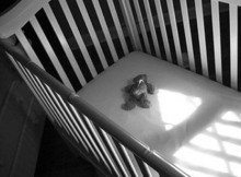 Пустая кроватка_умер ребенок
