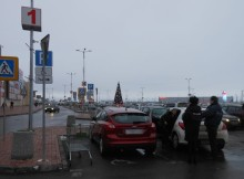 03-12-парковка