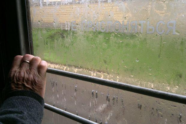 Поезда научастке Тверь-Москва следуют сзадержкой из-за сломавшейся электрички