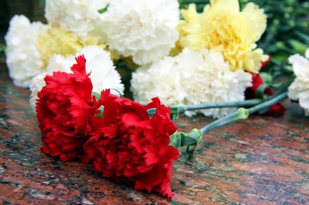 Цветы_мемориал
