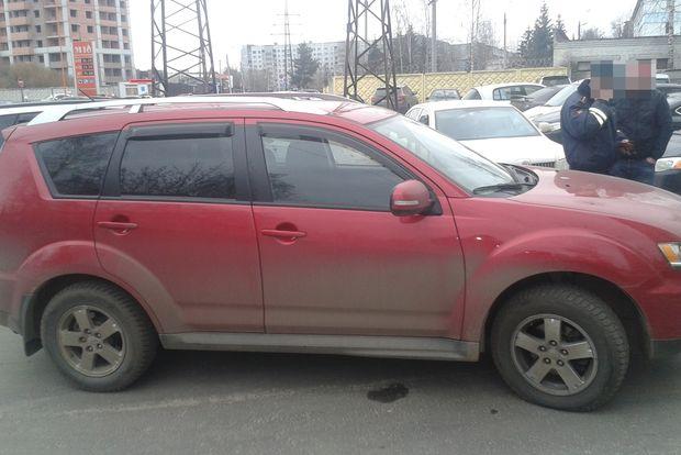 автомобиль-двойник