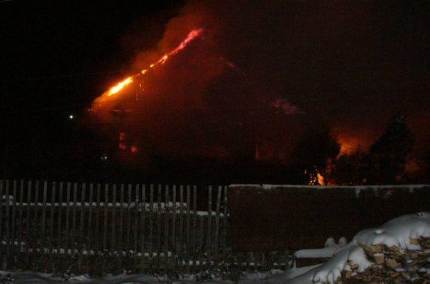 22-03-пожар-ночь