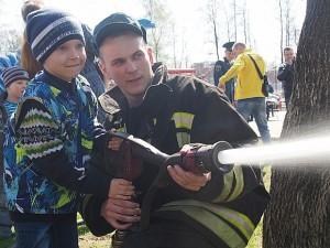 день пожарных=3