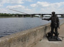 скульптура_рыбак
