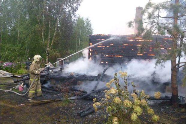 04-06-пожар-дача