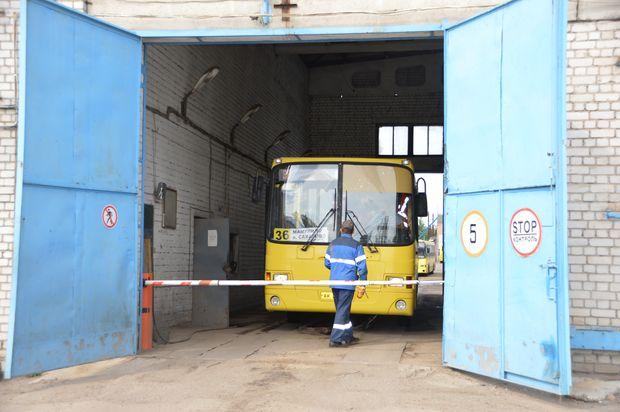 02-08-автобус1