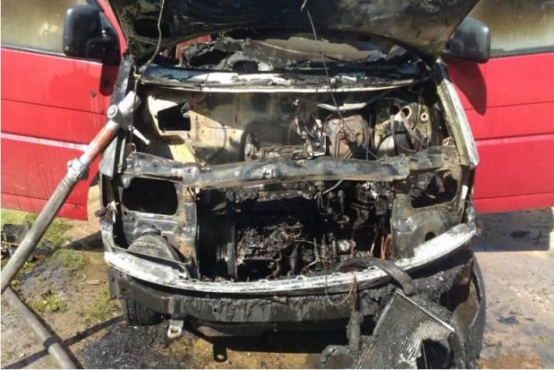 09-08-пожар-авто