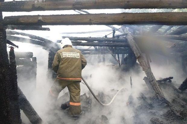 03-11-пожар-дача