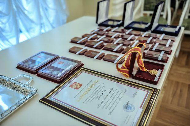 12-12-награды