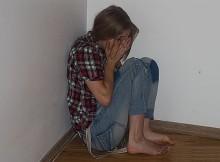 подросток-девочка-избиение