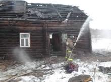 15-03-пожар-день