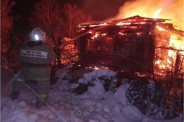15-03-пожар-ночь