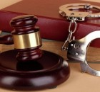 наручники_уголовное дело_задержание