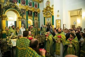 09-06-патриарх-служба2
