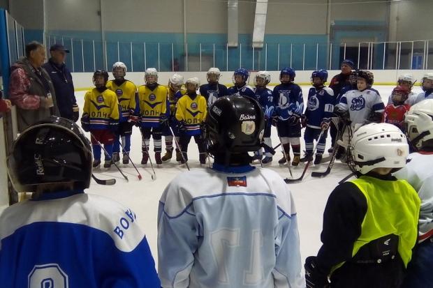 23-11-хоккей1