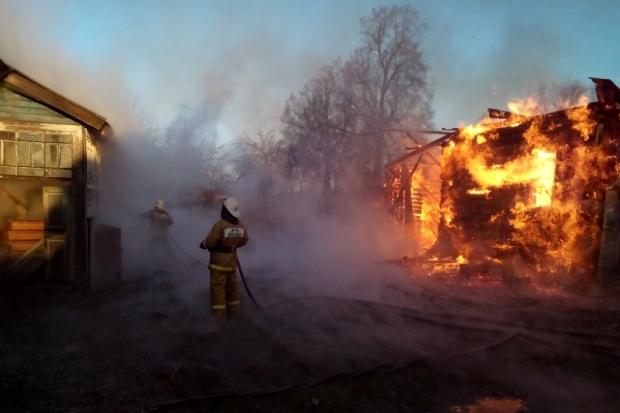 23-11-пожар111-дача