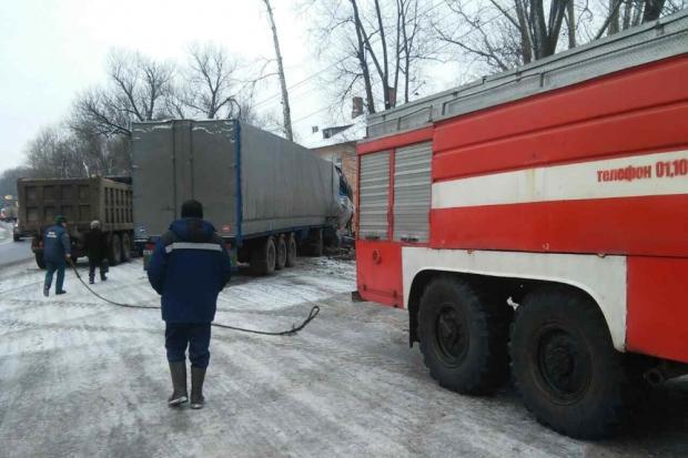 29-11-дтп-грузовик