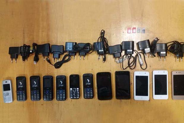 13-12-телефоны