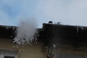 13-02-снег-крыша