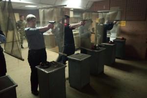 стрельба из пистолета-1