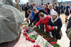памятник краснорармайкам в Калашниково-2