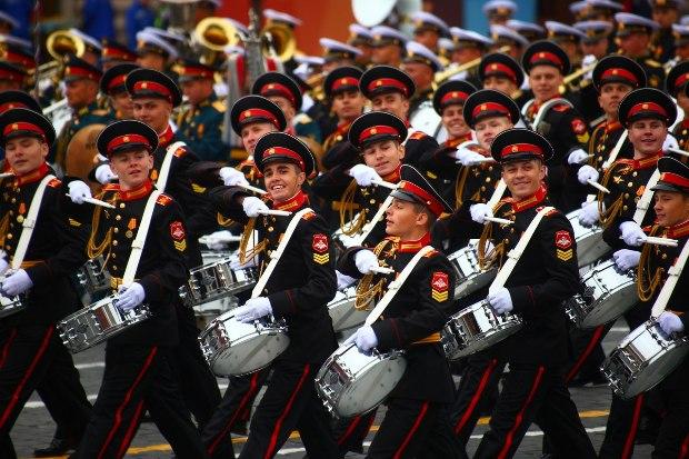 10-05-парад-суворовцы