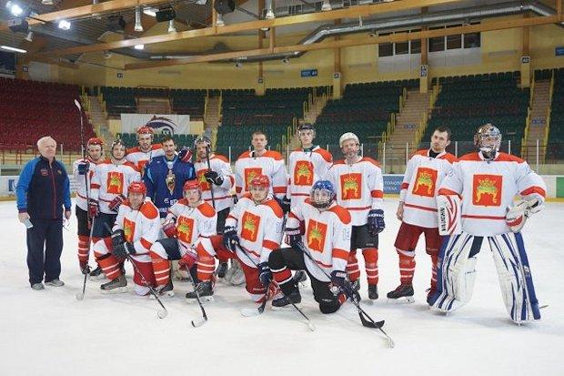 Чемпионат России-хоккей-спорт глухих