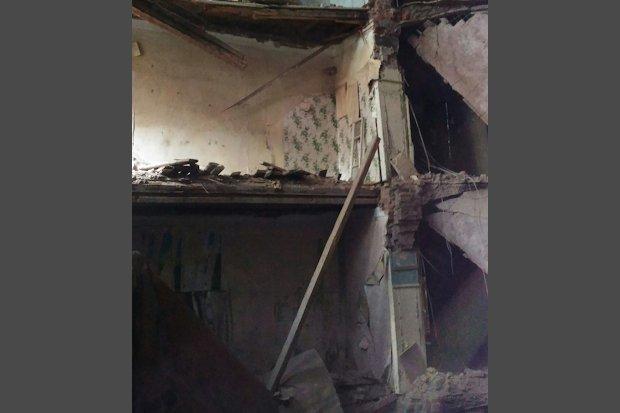 В Твери в доме №48 во Дворе Пролетарки обрушились перекрытия