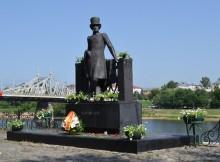 тверь-памятник пушкину в горсаду