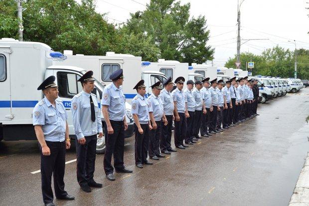 полицейские машины