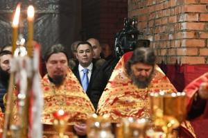 губер на литургии