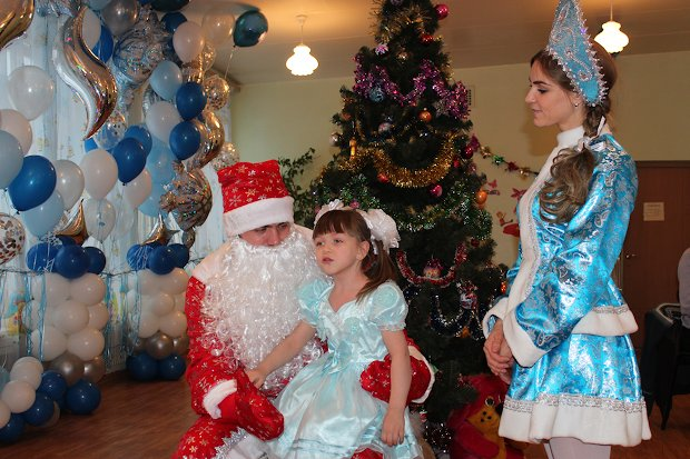 новогодний праздник-1