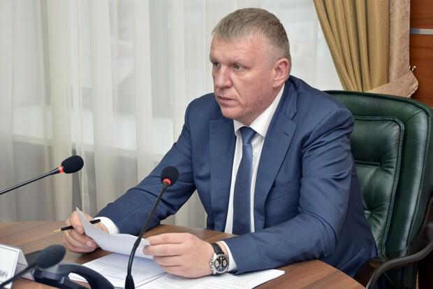 петрушенко_в_парадке.7eZSM