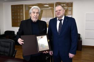 Писатель грамота Голубев