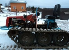 самоходный_трактор.10AHW