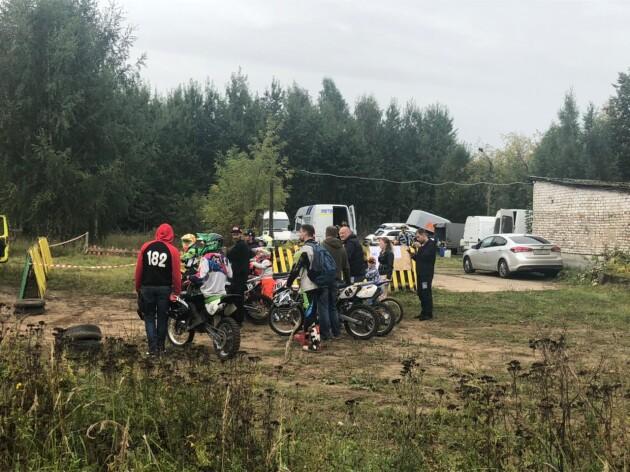 В Твери прошли состязания по мотокроссу. Но осень — не завершение сезона